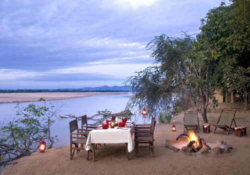 Kafunta Safaris - Island Bush Camp